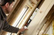 Inclinómetros digitales ¿Cómo realizar mediciones precisas para instalar puertas y ventanas?