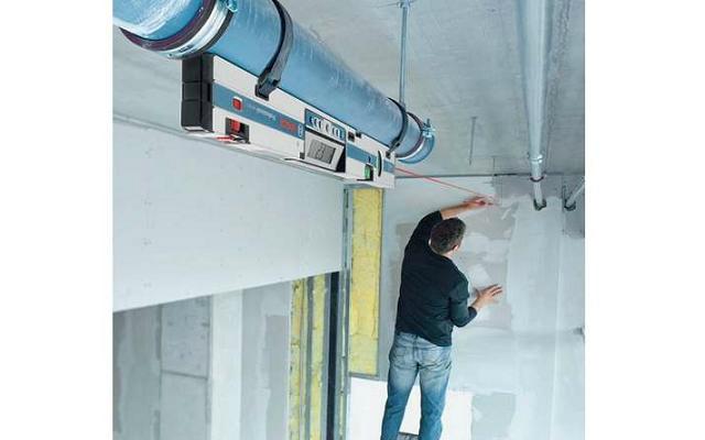 Inclinometro Digital - Uso en instalación de tubería colgante