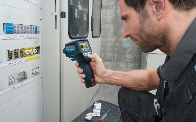¿Cómo comprobar y documentar la temperatura de un tablero eléctrico, en menos tiempo, con una cámara térmica?