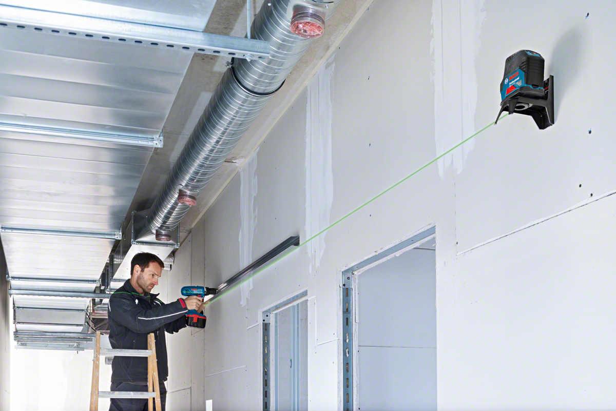 Instalación de techos suspendidos con nivel láser verde