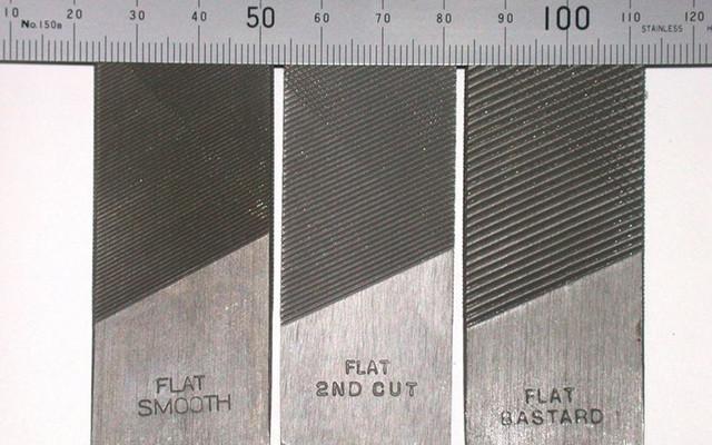 Limas planas. De izquierda a derecha: lima fina, lima media, lima gruesa o bastarda.