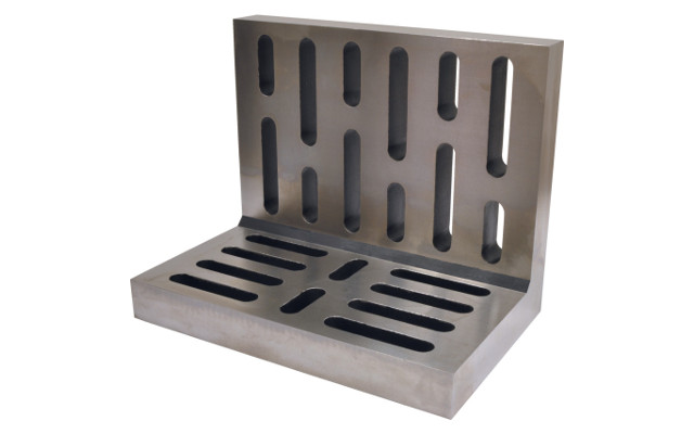 Escuadra maciza de acero, útil en soldadura y mecanizado.