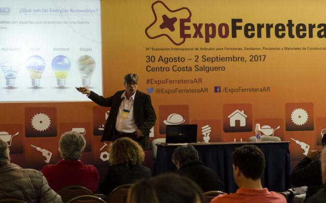 Conferencias en ExpoFerretera