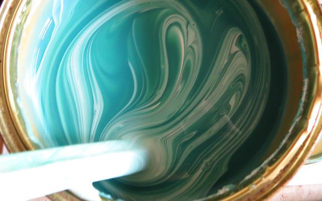 Aplicaciones y funcionamiento de un mezclador de pintura