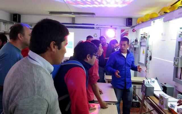 Fundación Oficios - Feria didáctica