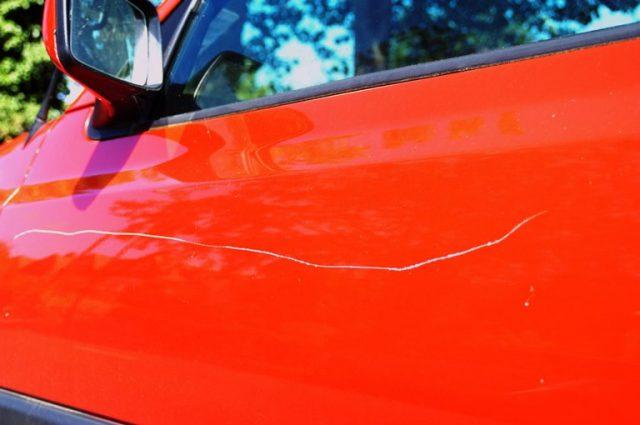 ¿Qué tener en cuenta a la hora de lustrar y pulir un auto?