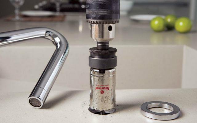 Qué tener en cuenta para perforar agujeros en materiales duros