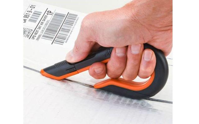 ¿Cómo evitar lesiones en las manos y en los dedos en el lugar de trabajo?