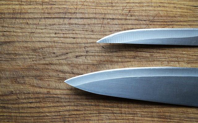 Hojas de cuchillos afiladas