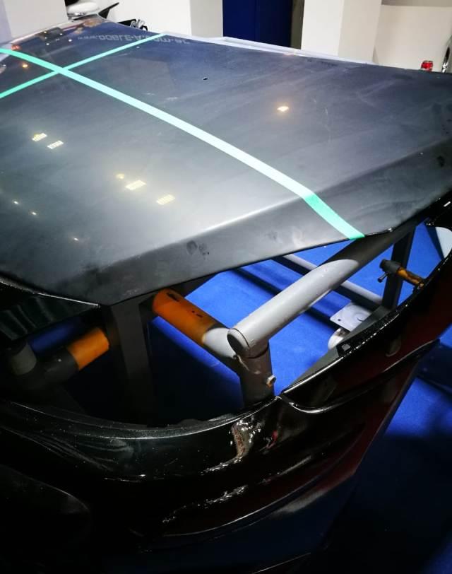 Doble A - Capo de auto para demostraciones